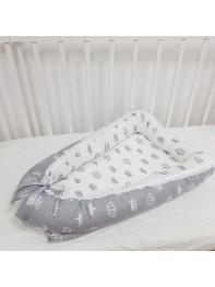 """Кокон гнездышко для новорожденного """"Короны на сером"""""""