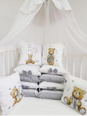 """Набор в кроватку из подушечек """"Мишка с буковками"""""""