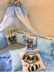 """Набор в кроватку из подушечек """"Енот""""  с плюшевыми подушками"""